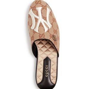 Gucci NY GG slides